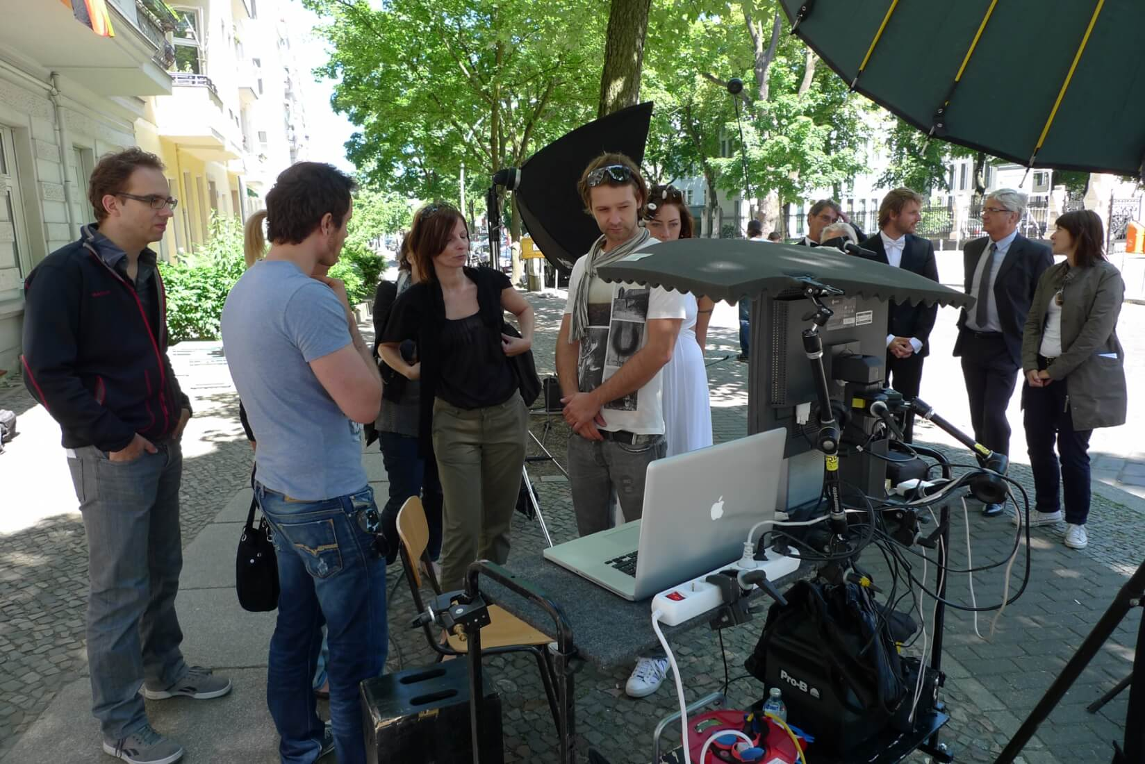 making of telekom liga total lunik fotoproduktion location scouting berlin. Black Bedroom Furniture Sets. Home Design Ideas